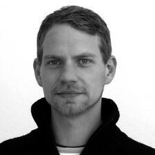 Nikolaus User Profile