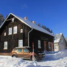 Jörg是房东。