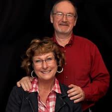 Profilo utente di Izabell And Larry