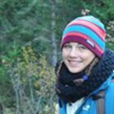 Laya felhasználói profilja