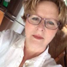 Anne-Mieke User Profile