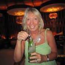 Profil Pengguna Christine