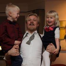 Einar Óskarさんのプロフィール