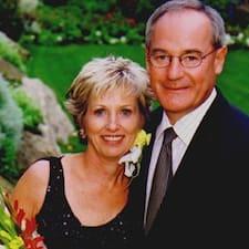 Jacqueline And Brian felhasználói profilja