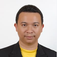 Muhammad Zairie is the host.
