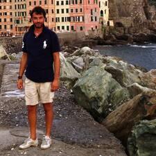 Gianluca is de verhuurder.