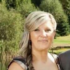 Julie Ann User Profile
