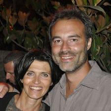 Frédéric is the host.