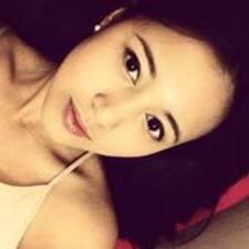 Adinda User Profile