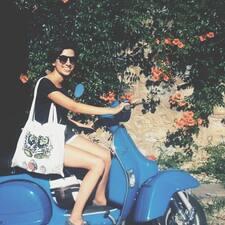 Yonca Lina felhasználói profilja