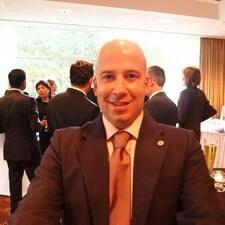 Francisco De Borja est l'hôte.