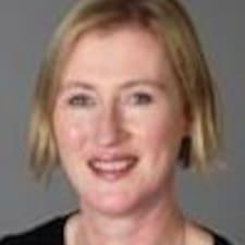 Caitriona Brugerprofil