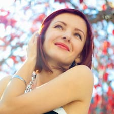 โพรไฟล์ผู้ใช้ Oksana(Ksenia)