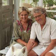 Birgitta & Anders is the host.