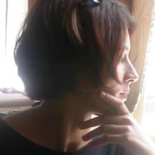 Profilo utente di Theodora