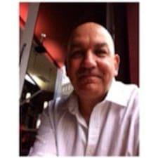Profil korisnika Dr. Shenton