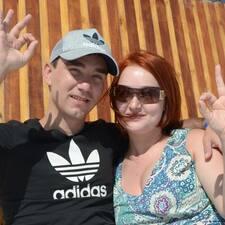 Anna & Mikhail的用戶個人資料