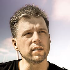 Aleksander felhasználói profilja