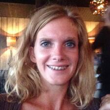 Marie-Cecile User Profile