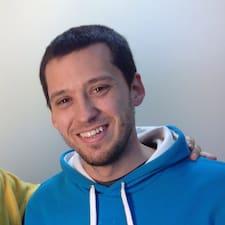 Daniel Profile ng User