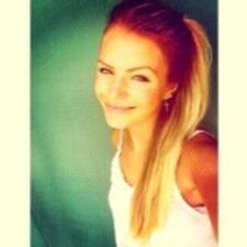 Julia Jessica User Profile