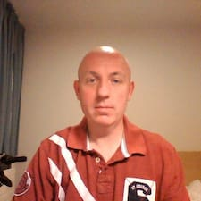 โพรไฟล์ผู้ใช้ Brian