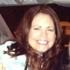 โพรไฟล์ผู้ใช้ Cheryl