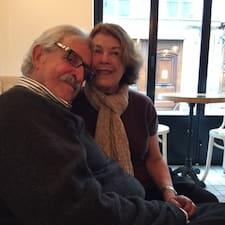 Paula And Jim est l'hôte.