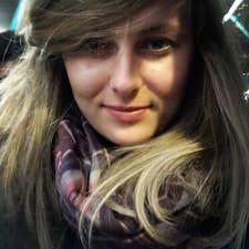 โพรไฟล์ผู้ใช้ Justyna
