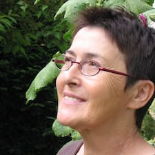 โพรไฟล์ผู้ใช้ Paulette