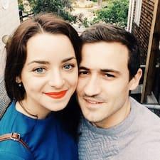 Henkilön Victor & Natalie käyttäjäprofiili