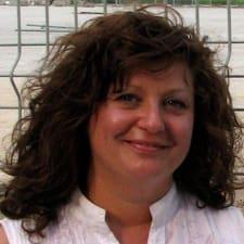 Profil Pengguna Chantal