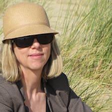 Nicole Debien is een SuperHost.
