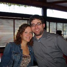 Lisa & Phil User Profile