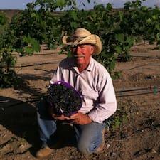โพรไฟล์ผู้ใช้ Thousand Springs Winery