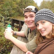 Megan And Chris felhasználói profilja