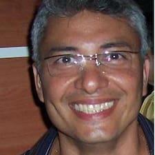 โพรไฟล์ผู้ใช้ Claudio Dos Santos