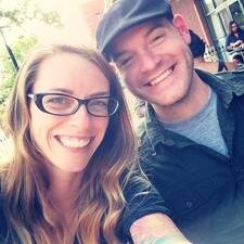 Hilary And Josh - Profil Użytkownika