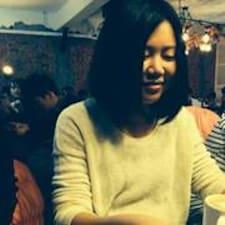 โพรไฟล์ผู้ใช้ Yi-Chieh