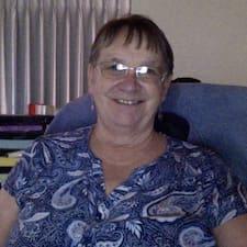 Profil Pengguna Frances