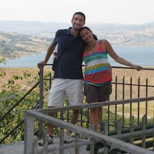 โพรไฟล์ผู้ใช้ Fotios & Anna Lisa
