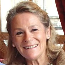 Marie-Noëlle User Profile