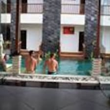 Mamo Hotel Uluwatu is the host.