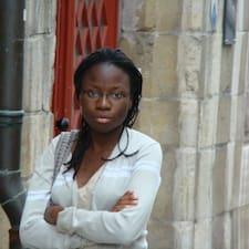 Hélène felhasználói profilja