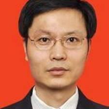 Zhiyong felhasználói profilja