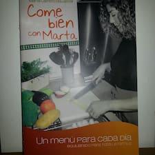 Marta是房东。