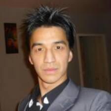 Duc Thanh est l'hôte.