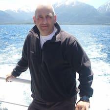 Walter Hugo User Profile