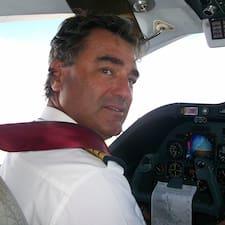 Gian Michele ist der Gastgeber.