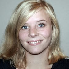 Profil Pengguna Katrine